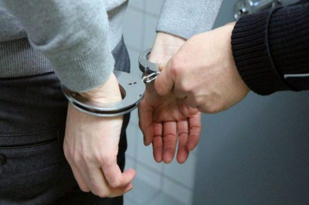 Σύλληψη 35χρονου αλλοδαπού, στην Φλώρινα, σε βάρος του οποίου εκκρεμούσε Βούλευμα και καταδικαστικές αποφάσεις για διακεκριμένες κλοπές από κοινού
